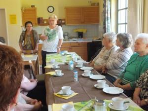 Der Vorstand Inge Ruland und Doris Gück begrüßten die Anwesenden