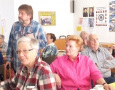 Tagesbericht zu einem Vortrag über eine neue soziale Beratungsstelle für ältere und behinderte Menschen bei dem Verein:  mittendrin leben Werk-Hilfe e.V.