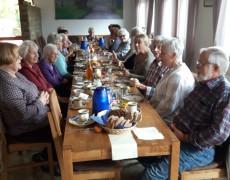 AWO Fuldatal: Frühstück auf dem Weidberghof