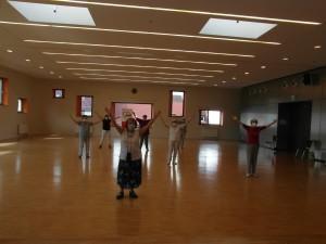 AWO Fuldatal; Senioren-Single-Tanz; Blocktänze, d. h. jede tanzt für sich allein